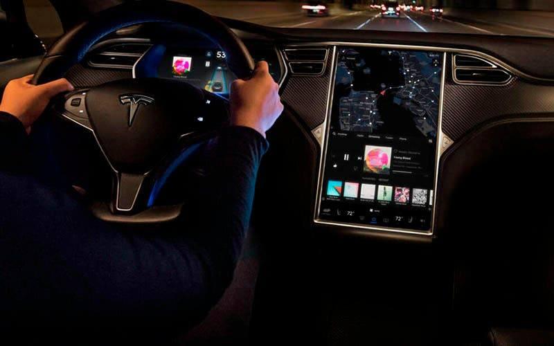Como comprar acciones de Tesla